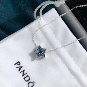 🎆NWT Pandora Bright Blue Star Chain Necklace